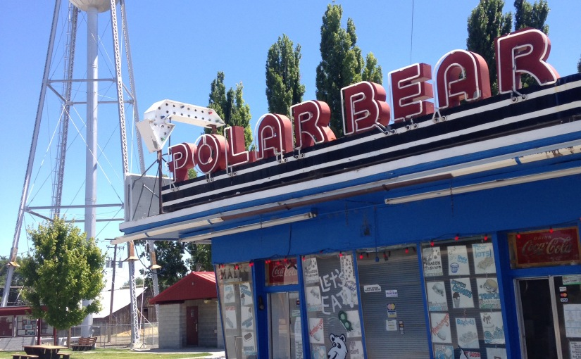 Looking for a diner in Oregon found the Polar Bear drive thru diner